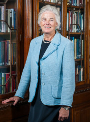 Dr Catherine Day